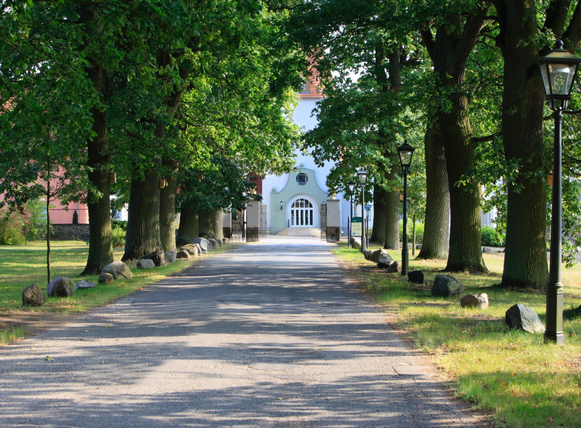 Der Weg nach Schloss Liebenberg